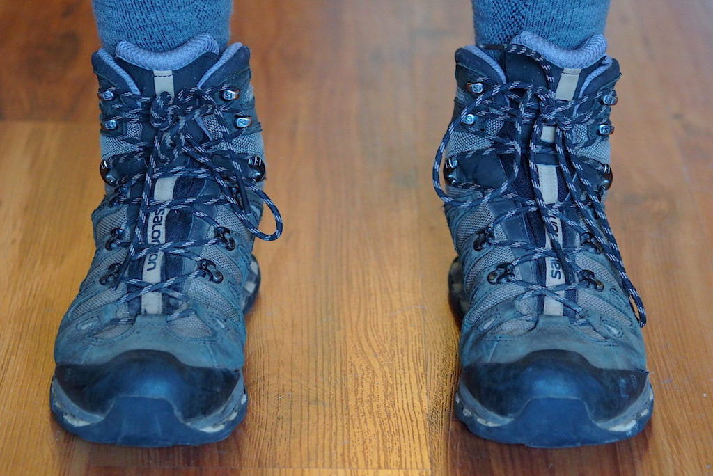 Front view of the Salomon Quest 4D 3 GTX backpacking boot